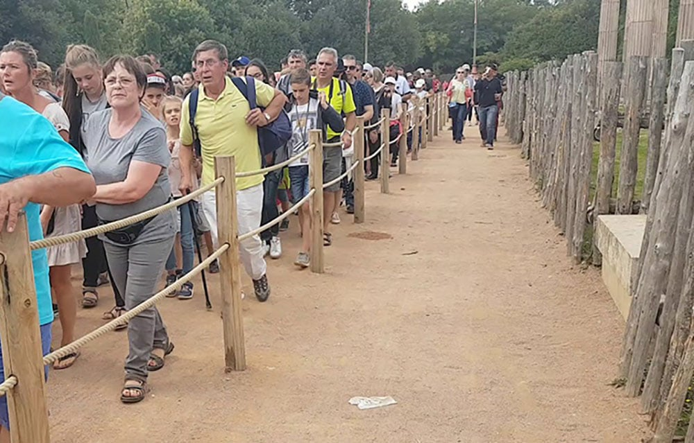 file attente pass emotion puy du fou
