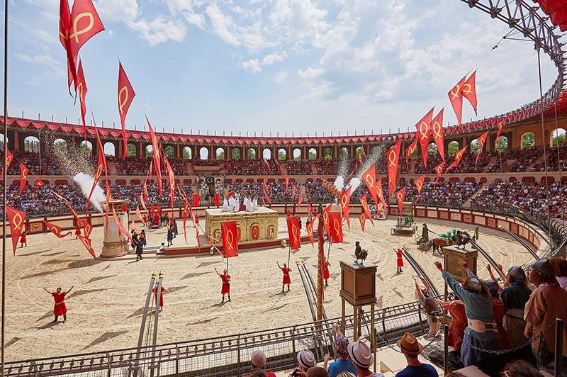 sshow de gladiateurs au Puy du Fou